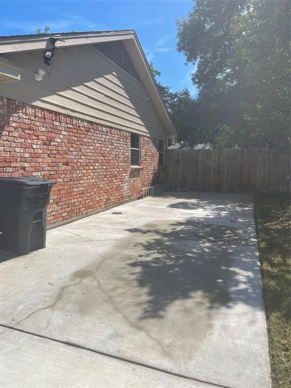 3413 Wendell  Drive, North Richland Hills, Texas 76117 - acquisto real estate best frisco real estate broker in texas for high net worth buyers