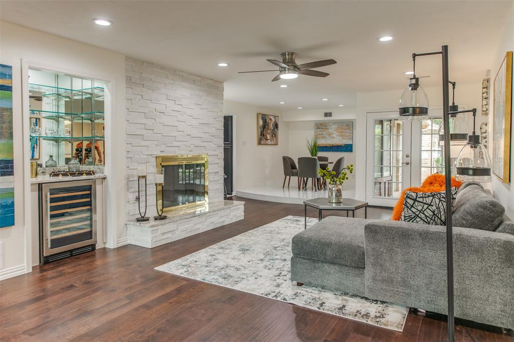 6339 Crestmont  Drive, Dallas, Texas 75214 - acquisto real estate best listing listing agent in texas shana acquisto rich person realtor