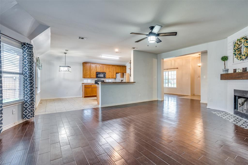 631 Crockett  Drive, Lavon, Texas 75166 - acquisto real estate best celina realtor logan lawrence best dressed realtor