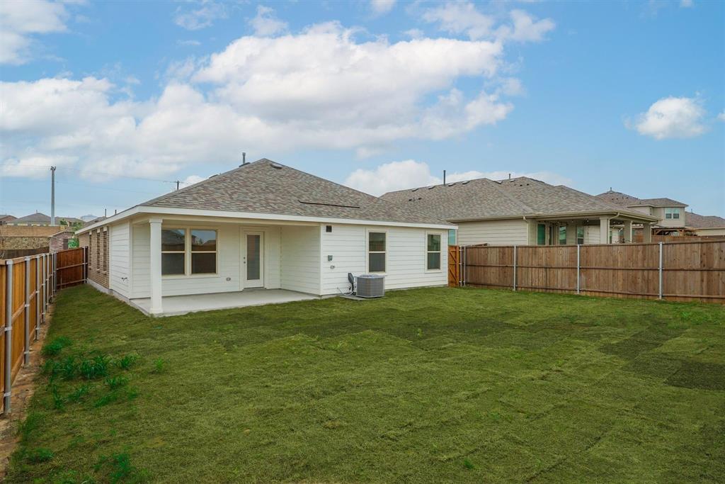 2633 Wheeler  Avenue, Aubrey, Texas 76227 - acquisto real estate best realtor dfw jody daley liberty high school realtor