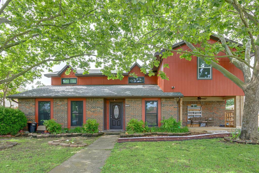 8802 Deerwood  Drive, Rowlett, Texas 75088 - Acquisto Real Estate best plano realtor mike Shepherd home owners association expert