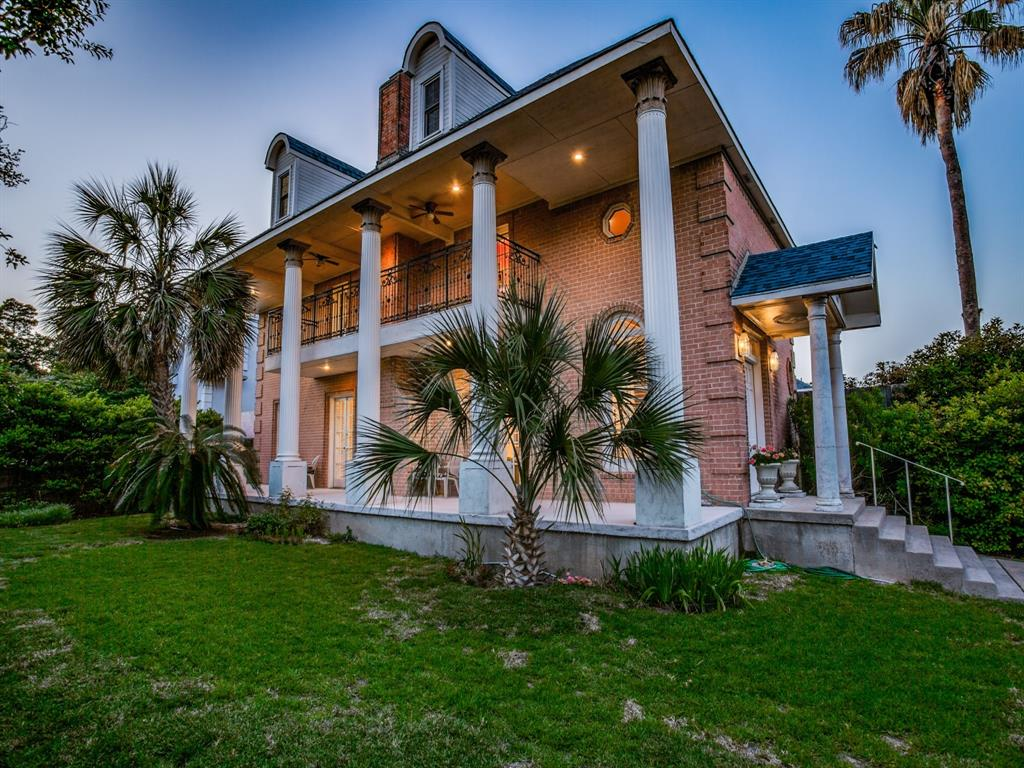 2309 Auburn  Avenue, Dallas, Texas 75214 - acquisto real estate agent of the year mike shepherd