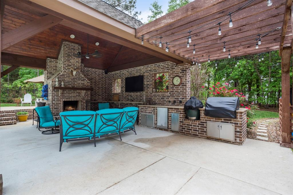 1910 Stonegate  Place, Tyler, Texas 75703 - acquisto real estate best style realtor kim miller best real estate reviews dfw