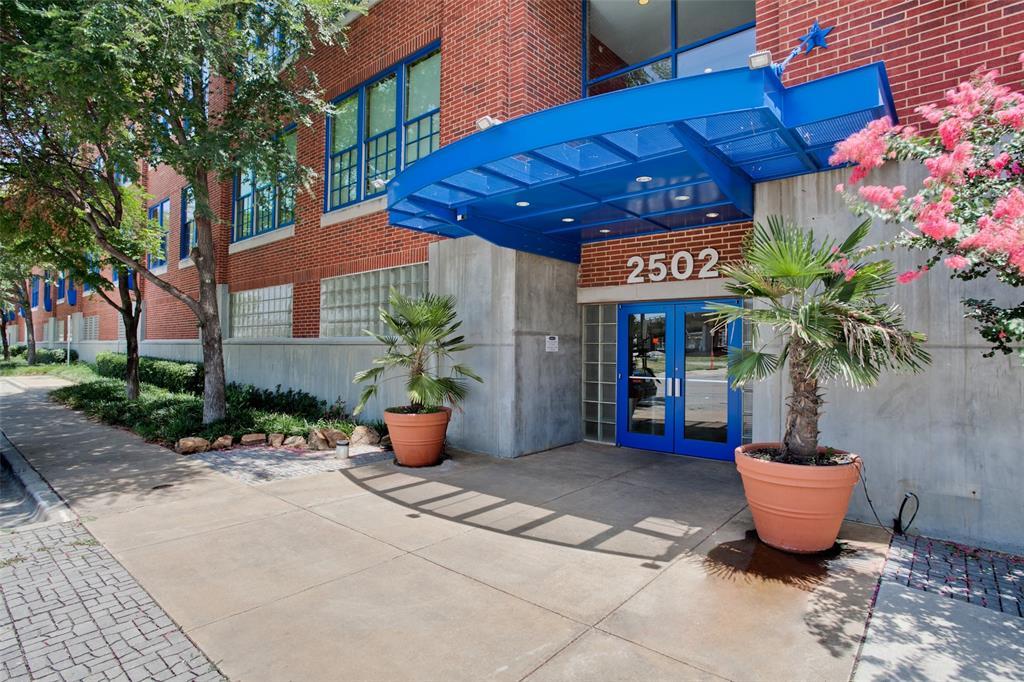 2502 Live Oak  Street, Dallas, Texas 75204 - Acquisto Real Estate best frisco realtor Amy Gasperini 1031 exchange expert