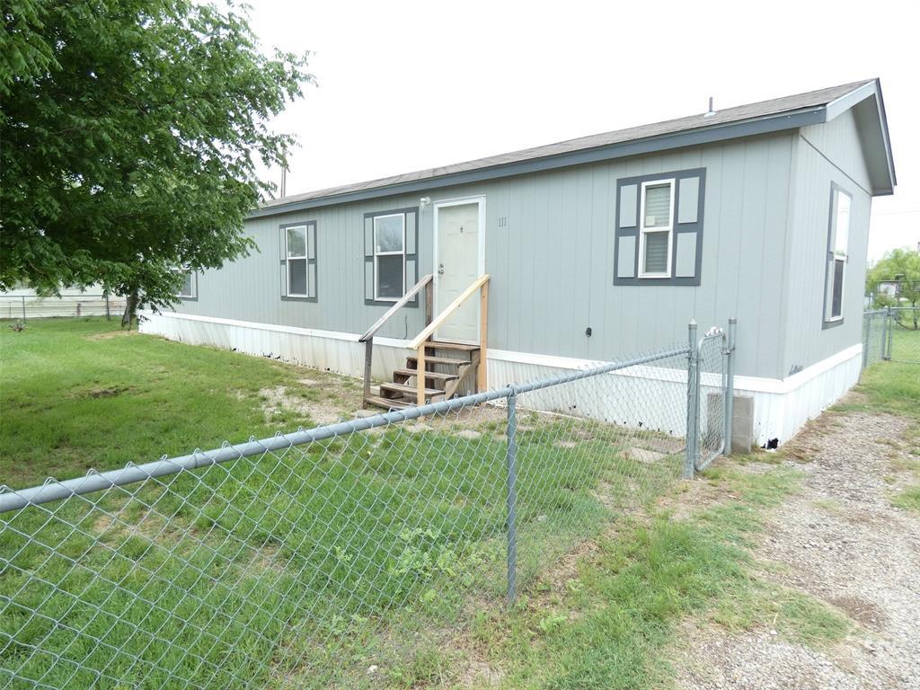 111 Metro  Drive, Tye, Texas 79563 - Acquisto Real Estate best frisco realtor Amy Gasperini 1031 exchange expert