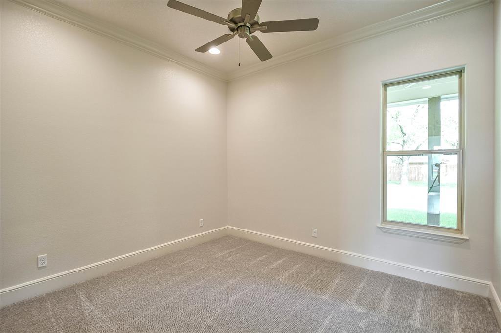 8021 Landings  Road, Granbury, Texas 76049 - acquisto real estate best negotiating realtor linda miller declutter realtor