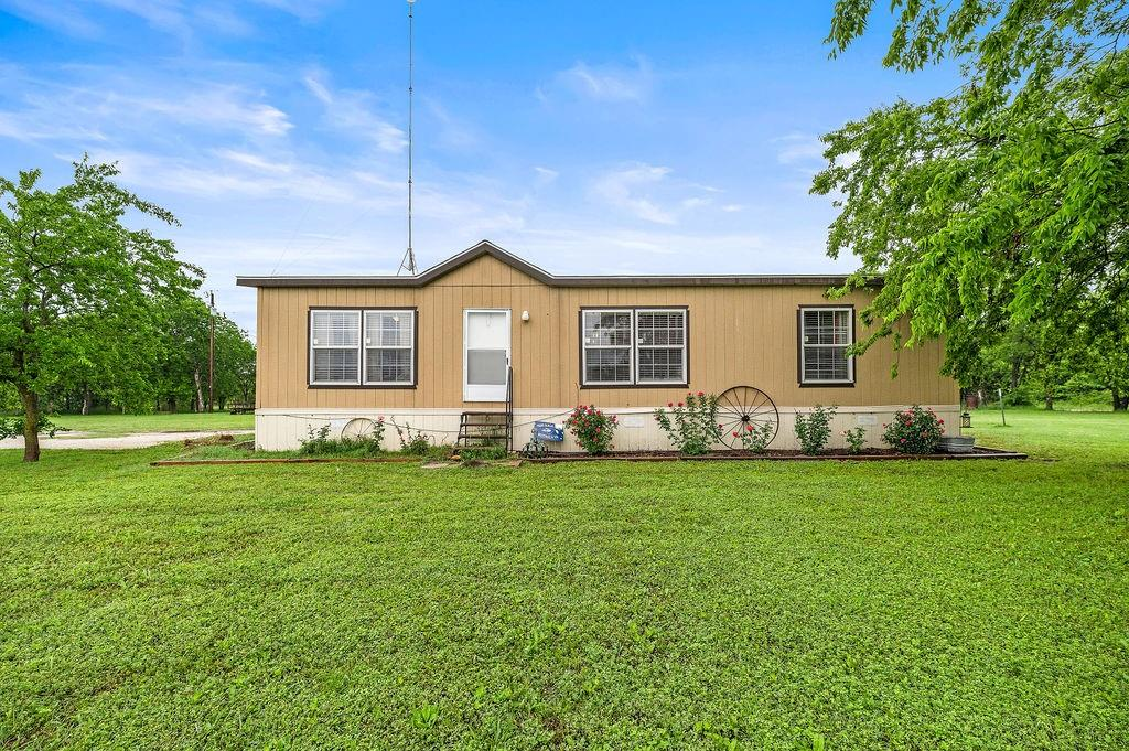 237 CR 483  Lott, Texas 76656 - Acquisto Real Estate best frisco realtor Amy Gasperini 1031 exchange expert