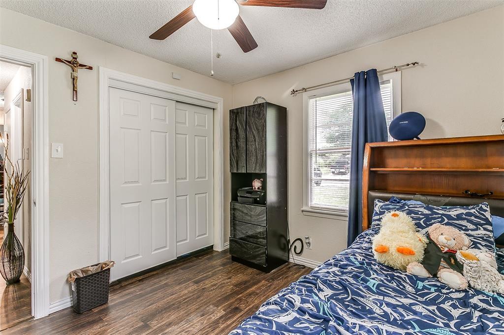 2214 Ridgeway  Street, Arlington, Texas 76010 - acquisto real estate best frisco real estate broker in texas for high net worth buyers