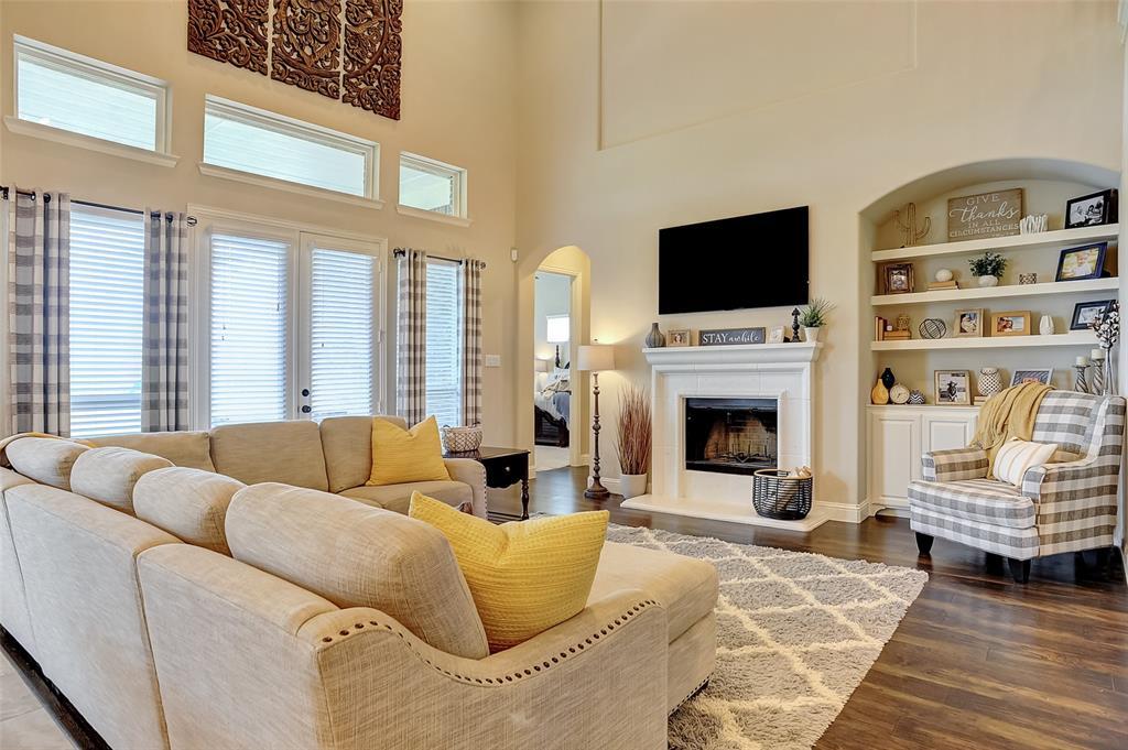1813 Turtle Creek  Lane, Gunter, Texas 75058 - acquisto real estate best celina realtor logan lawrence best dressed realtor