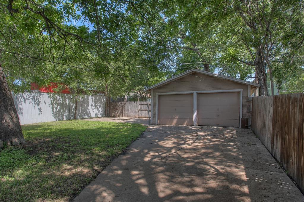 1012 Orange  Street, Fort Worth, Texas 76110 - acquisto real estate best plano real estate agent mike shepherd