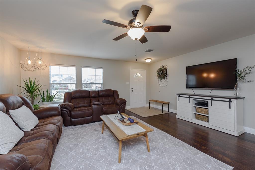 2921 Desert  Drive, Denton, Texas 76210 - acquisto real estate best listing listing agent in texas shana acquisto rich person realtor