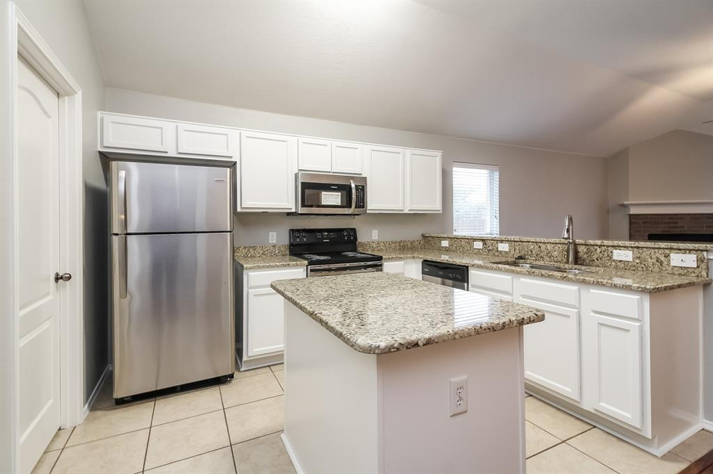 7304 Diamond Springs  Trail, Fort Worth, Texas 76123 - acquisto real estate best prosper realtor susan cancemi windfarms realtor