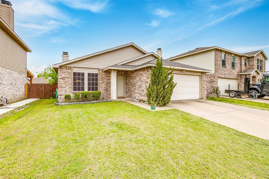 4045 Golden Horn  Lane, Fort Worth, Texas 76123 - Acquisto Real Estate best plano realtor mike Shepherd home owners association expert
