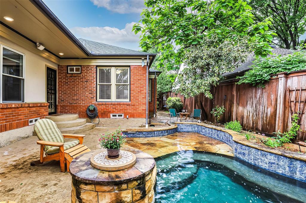 5838 Monticello  Avenue, Dallas, Texas 75206 - acquisto real estate best realtor foreclosure real estate mike shepeherd walnut grove realtor