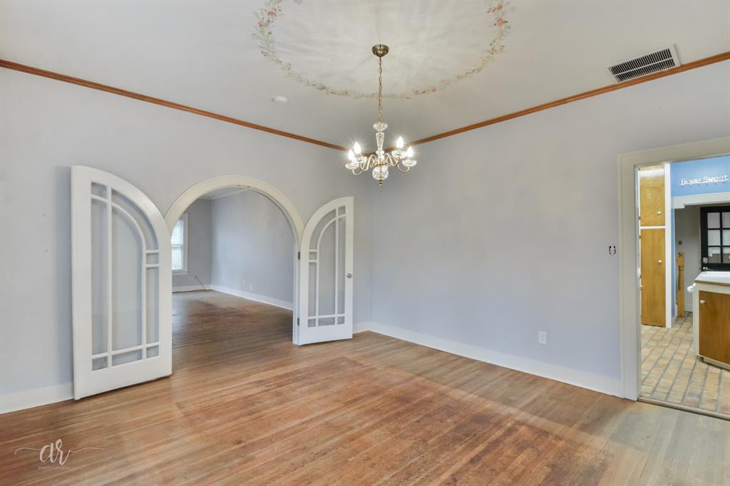 1102 Hollis  Drive, Abilene, Texas 79605 - acquisto real estate best the colony realtor linda miller the bridges real estate