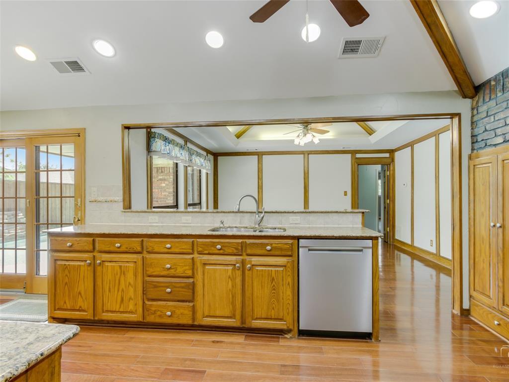 2304 La Vida  Place, Plano, Texas 75023 - acquisto real estate best photos for luxury listings amy gasperini quick sale real estate