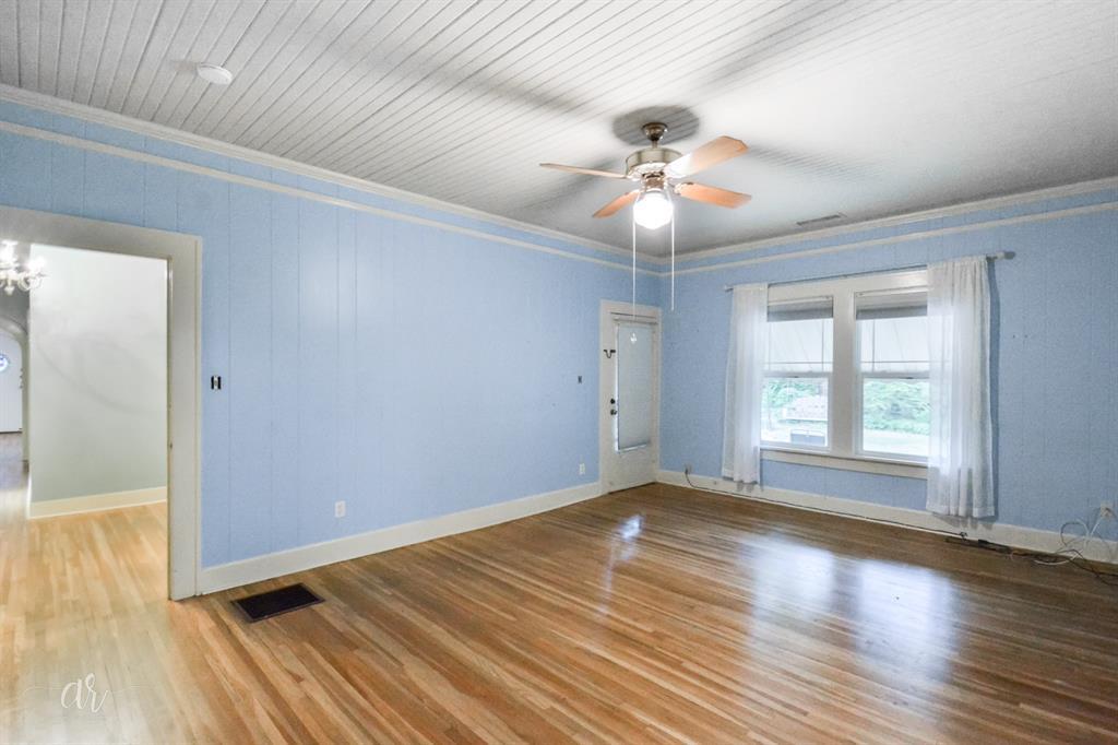 1102 Hollis  Drive, Abilene, Texas 79605 - acquisto real estate best luxury buyers agent in texas shana acquisto inheritance realtor