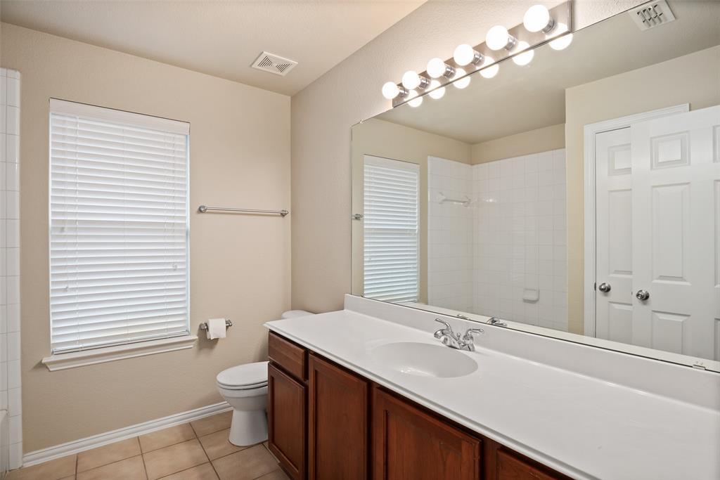 3909 Miramar  Drive, Denton, Texas 76210 - acquisto real estate agent of the year mike shepherd