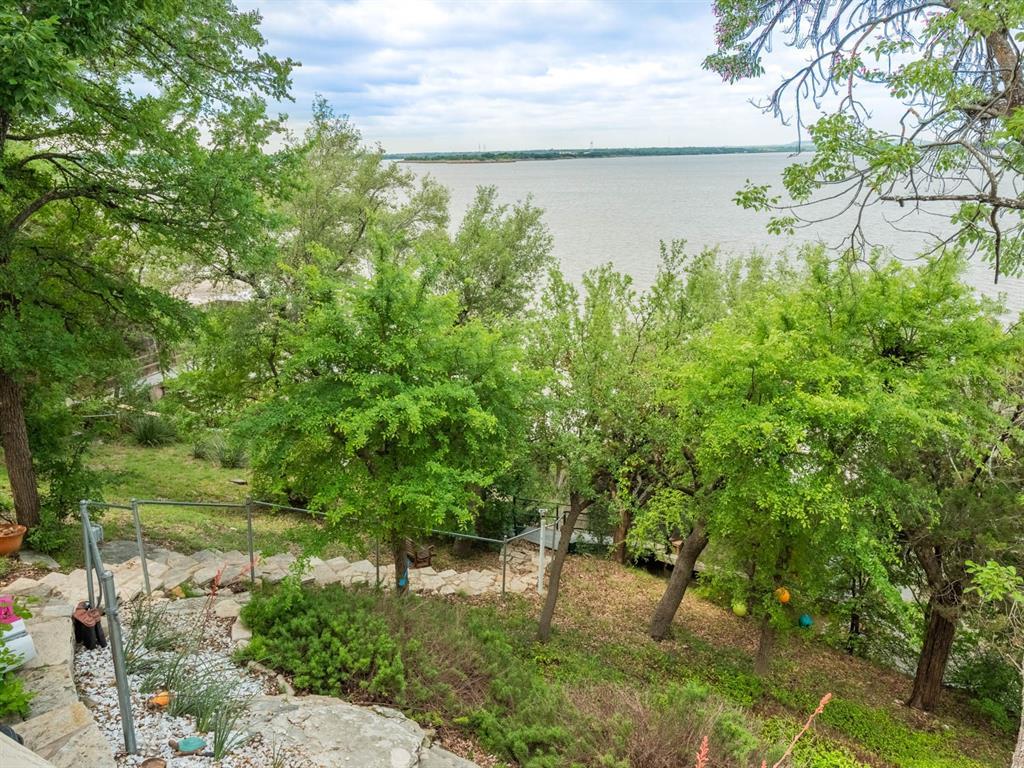 5615 Thunderbird  Court, De Cordova, Texas 76049 - acquisto real estate best listing photos hannah ewing mckinney real estate expert
