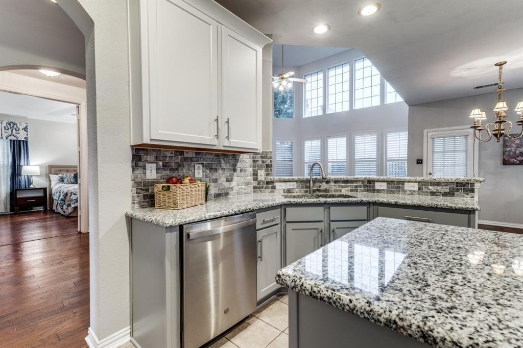 5022 Toftrees  Drive, Arlington, Texas 76016 - acquisto real estate best listing agent in the nation shana acquisto estate realtor