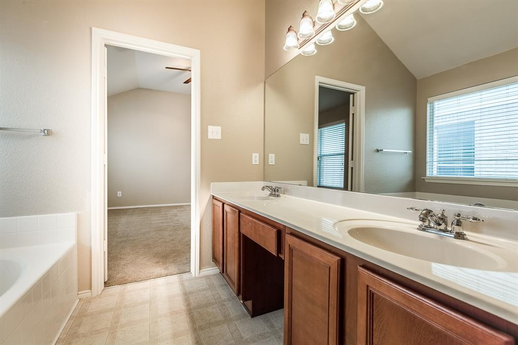 4241 Summer Star  Lane, Fort Worth, Texas 76244 - acquisto real estate best real estate company to work for