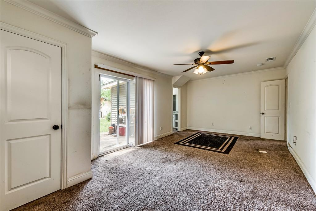 2522 High Crest  Avenue, Fort Worth, Texas 76111 - acquisto real estate best new home sales realtor linda miller executor real estate