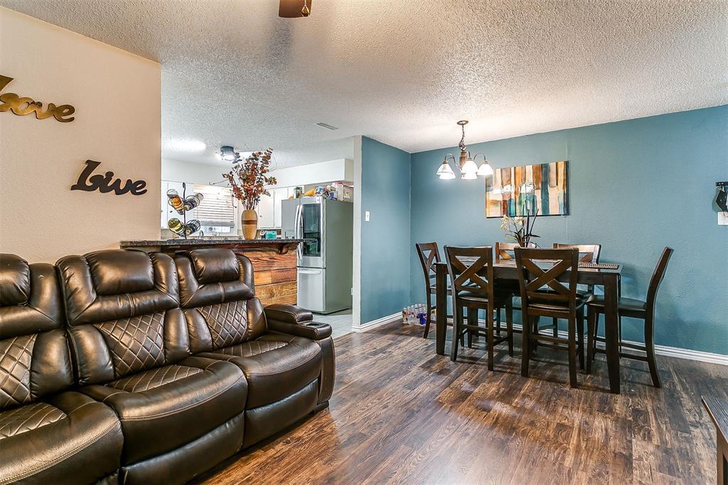 2214 Ridgeway  Street, Arlington, Texas 76010 - acquisto real estate best new home sales realtor linda miller executor real estate