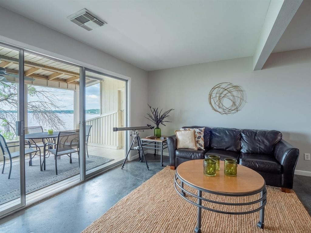 5615 Thunderbird  Court, De Cordova, Texas 76049 - acquisto real estate best style realtor kim miller best real estate reviews dfw