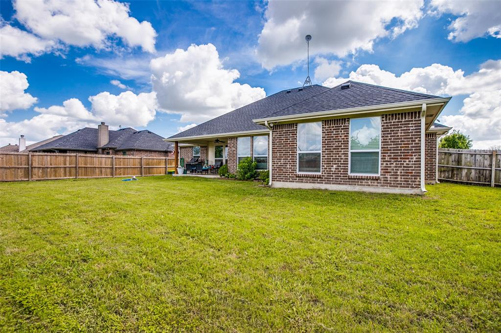 201 Palmer View  Drive, Palmer, Texas 75152 - acquisto real estate best frisco real estate agent amy gasperini panther creek realtor