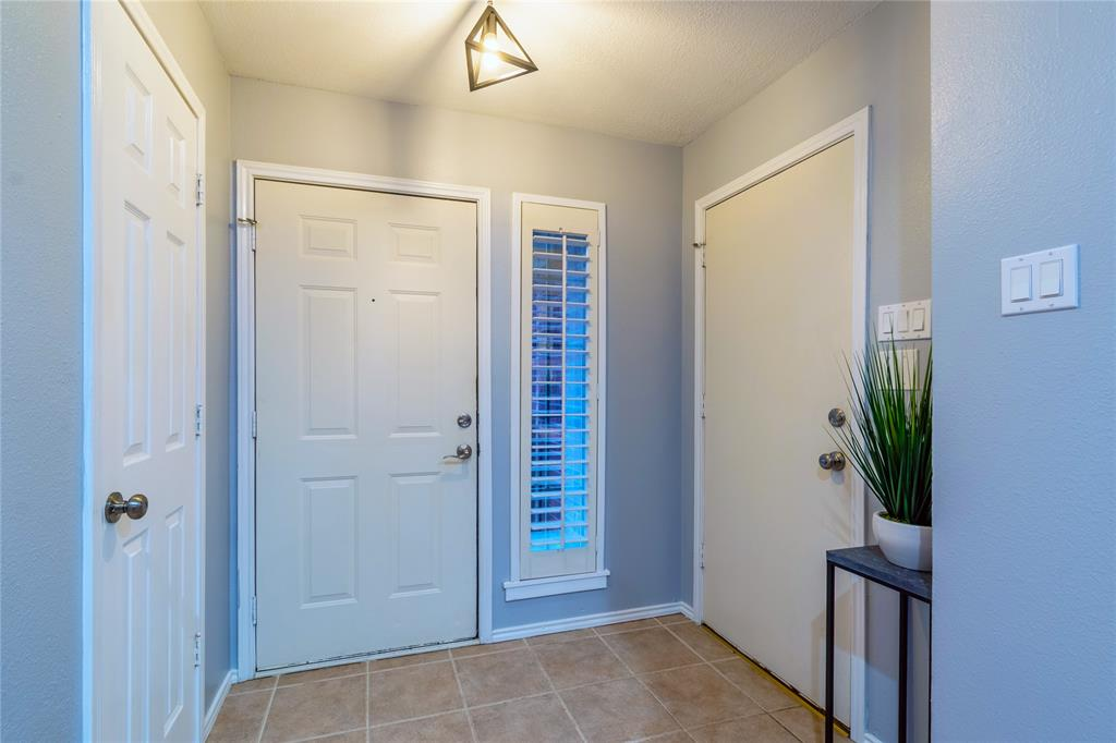 520 Majestic Park  Lane, Cedar Hill, Texas 75104 - acquisto real estate best allen realtor kim miller hunters creek expert
