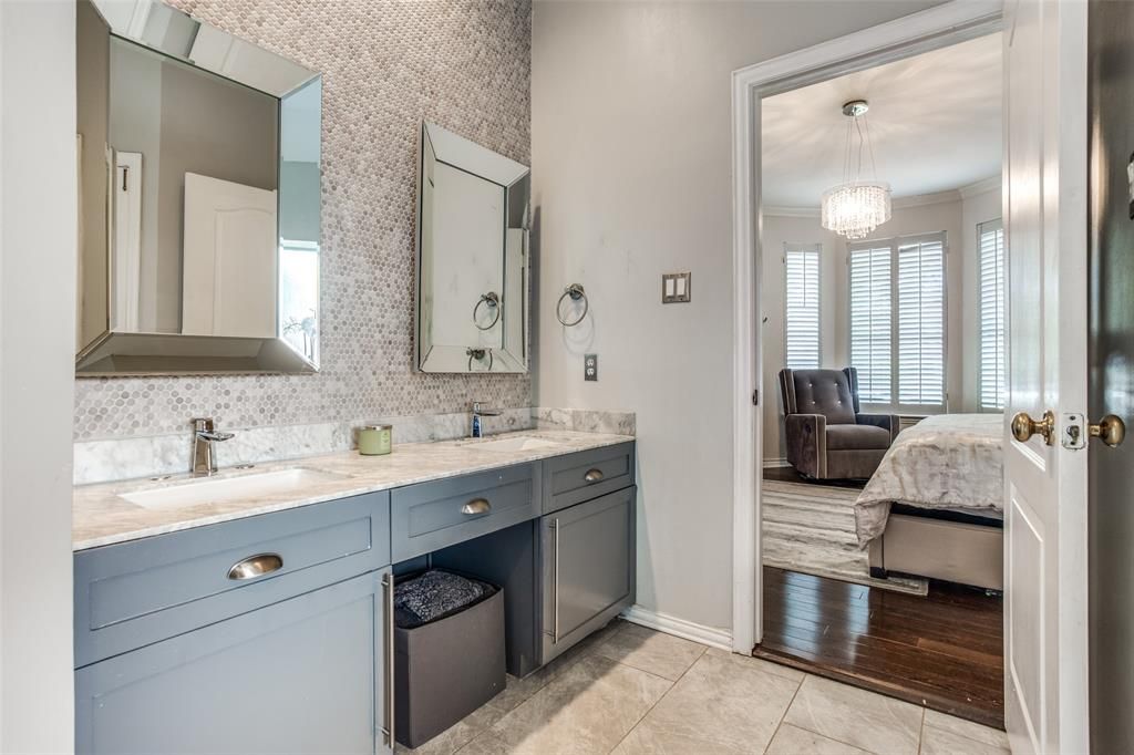 1704 Endicott  Drive, Plano, Texas 75025 - acquisto real estate best realtor westlake susan cancemi kind realtor of the year