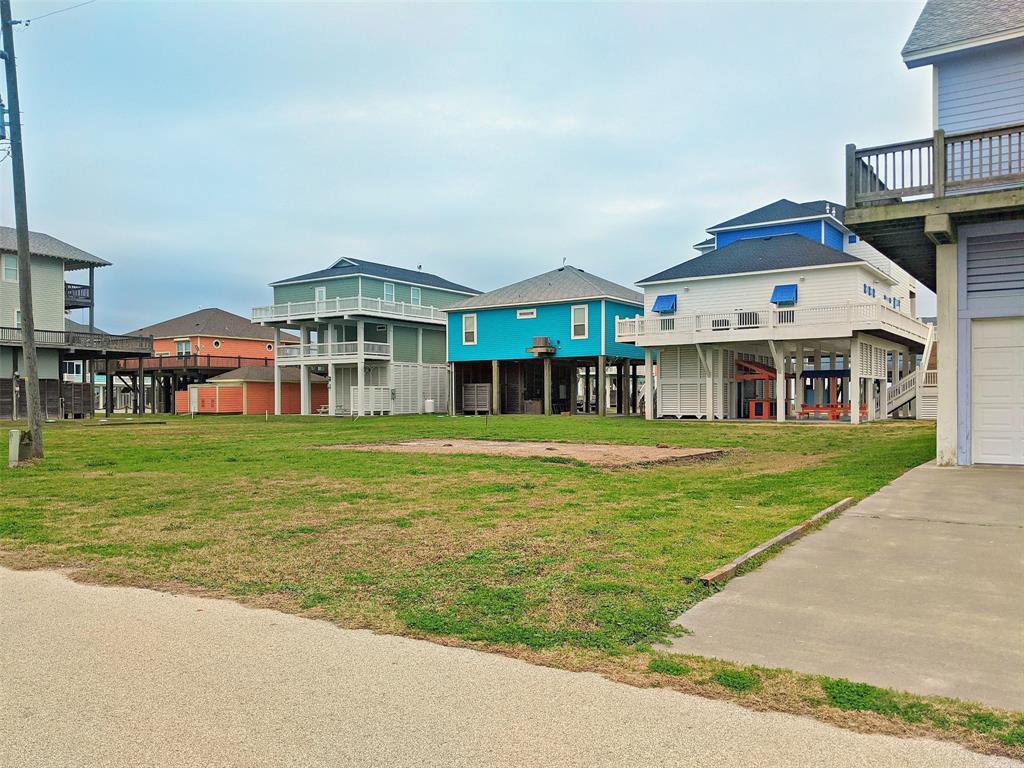 2630 Breaker  Drive, Crystal Beach, Texas 77650 - Acquisto Real Estate best frisco realtor Amy Gasperini 1031 exchange expert