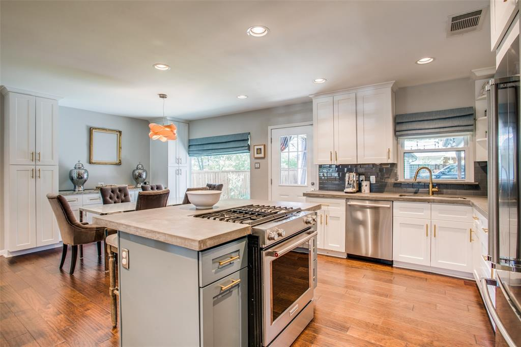 4069 Park  Lane, Dallas, Texas 75220 - acquisto real estate best real estate company in frisco texas real estate showings
