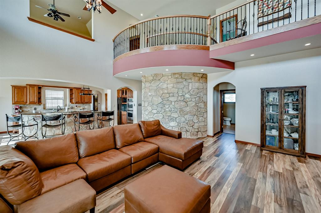 7431 Drury Cross  Road, Burleson, Texas 76028 - acquisto real estate best allen realtor kim miller hunters creek expert