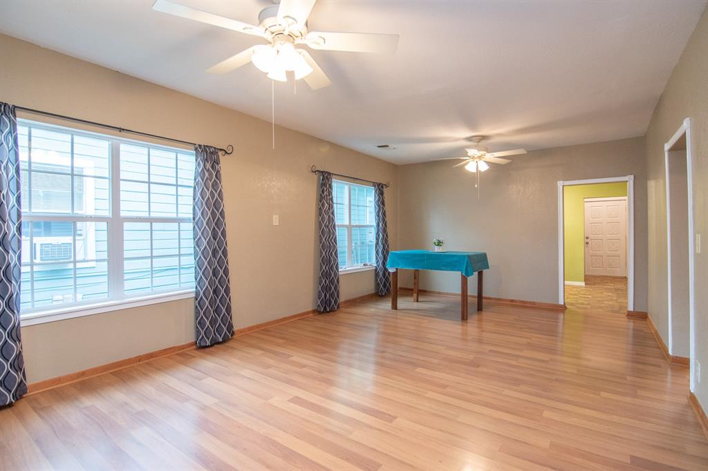 2512 Austin  Avenue, Brownwood, Texas 76801 - acquisto real estate best listing listing agent in texas shana acquisto rich person realtor