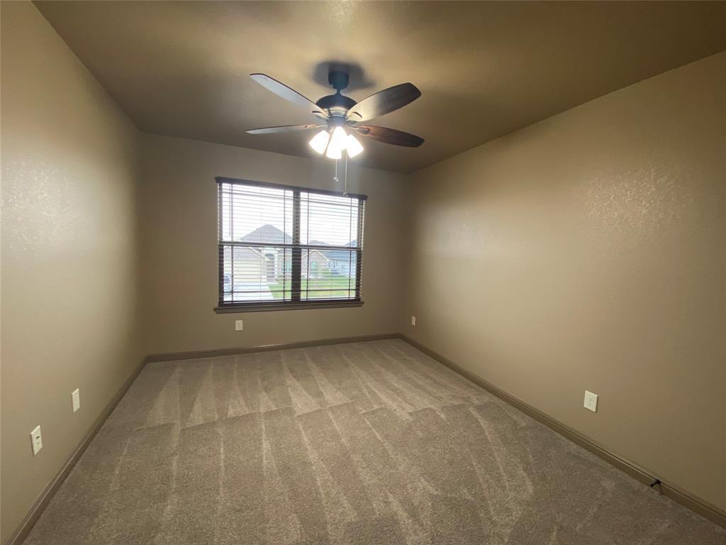 3312 Windcrest  Drive, Granbury, Texas 76049 - acquisto real estate best realtor foreclosure real estate mike shepeherd walnut grove realtor