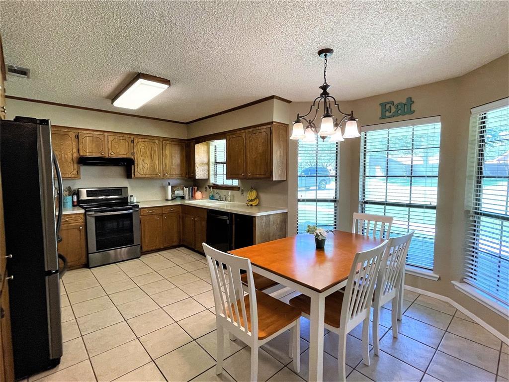 563 Ferndale  Lane, Fairfield, Texas 75840 - acquisto real estate best highland park realtor amy gasperini fast real estate service