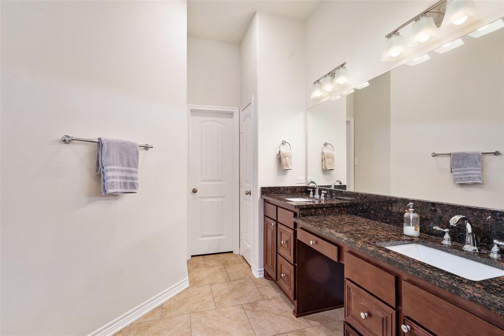 7061 Whispering Oaks  McKinney, Texas 75071 - acquisto real estate best investor home specialist mike shepherd relocation expert
