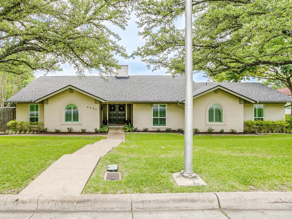 4204 Inman  Court, Fort Worth, Texas 76109 -