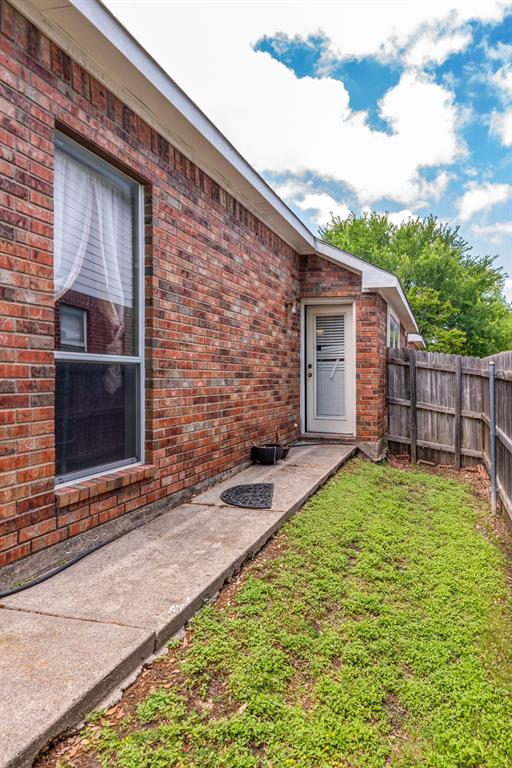 6701 Andress  Drive, Fort Worth, Texas 76132 - acquisto real estate best realtor foreclosure real estate mike shepeherd walnut grove realtor
