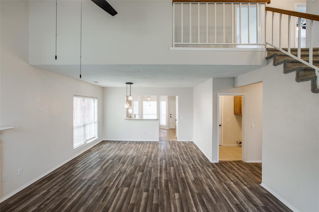 2213 Villawood  Lane, Garland, Texas 75040 - acquisto real estate best highland park realtor amy gasperini fast real estate service