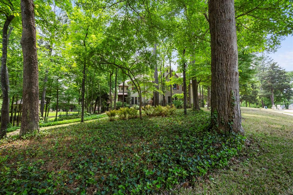 1910 Stonegate  Place, Tyler, Texas 75703 - acquisto real estate best relocation company in america katy mcgillen