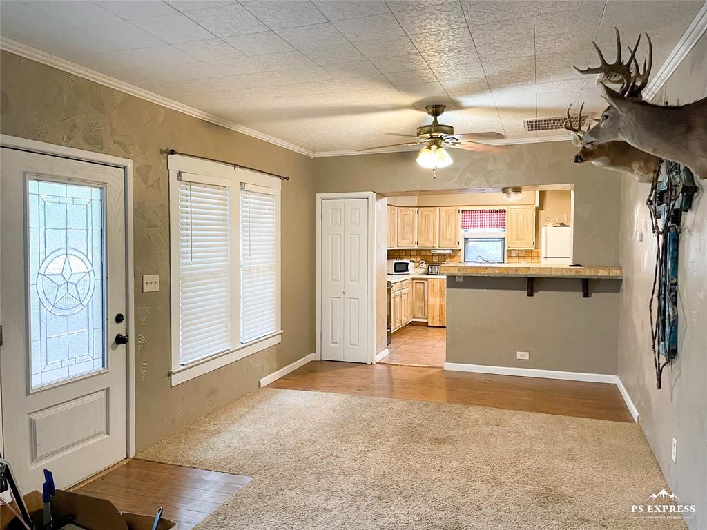 608 21st  Street, Cisco, Texas 76437 - acquisto real estate best real estate company to work for