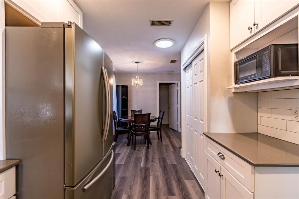 1949 Kentwood  Lane, Carrollton, Texas 75007 - acquisto real estate best highland park realtor amy gasperini fast real estate service