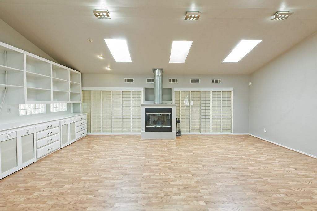 8635 Shagrock  Lane, Dallas, Texas 75238 - acquisto real estate best looking realtor in america shana acquisto