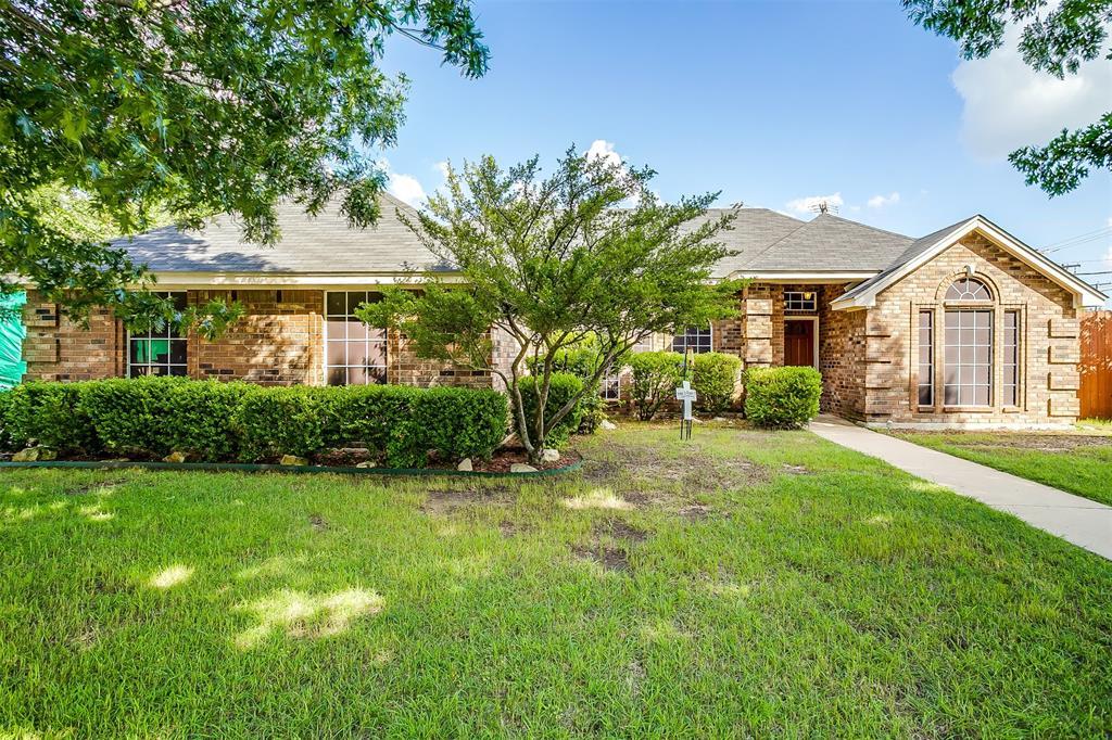 831 Irene  Street, Burleson, Texas 76028 - Acquisto Real Estate best plano realtor mike Shepherd home owners association expert
