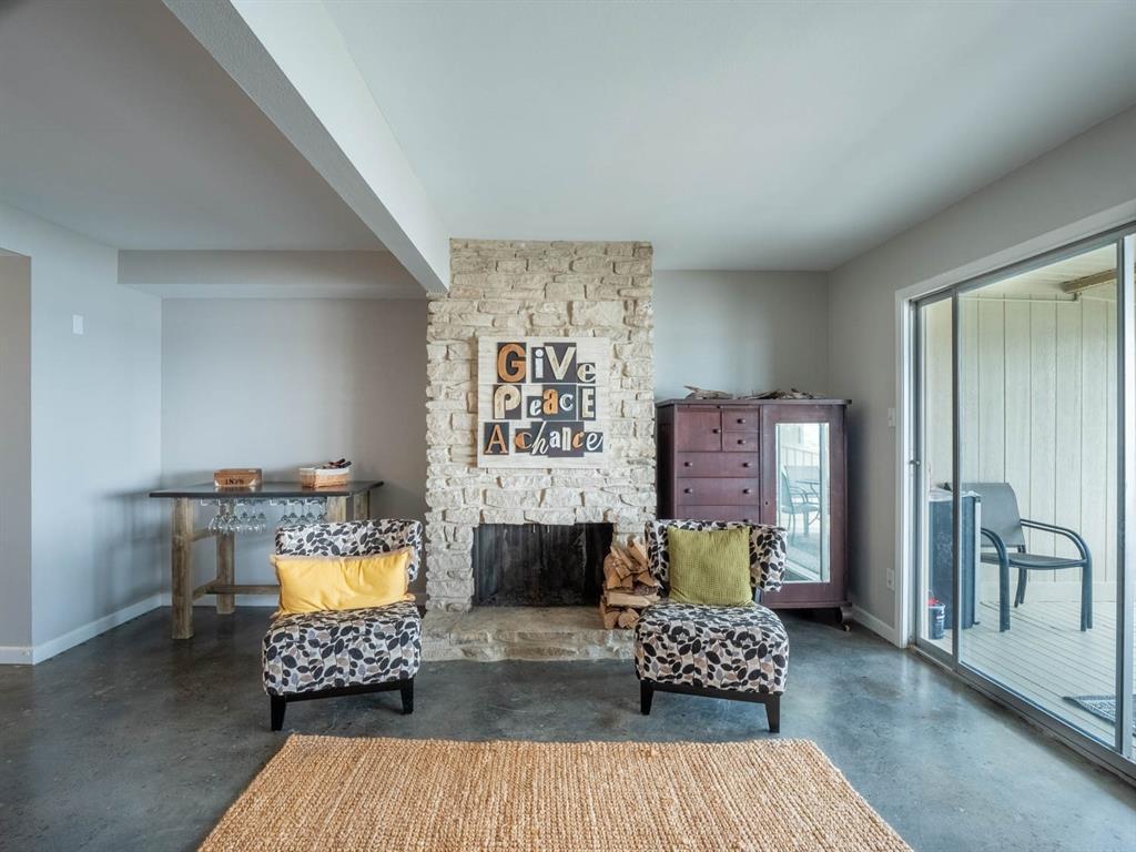5615 Thunderbird  Court, De Cordova, Texas 76049 - acquisto real estate best listing agent in the nation shana acquisto estate realtor
