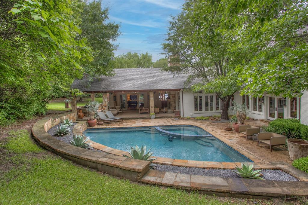 2128 Hidden Creek  Road, Westover Hills, Texas 76107 - Acquisto Real Estate best frisco realtor Amy Gasperini 1031 exchange expert