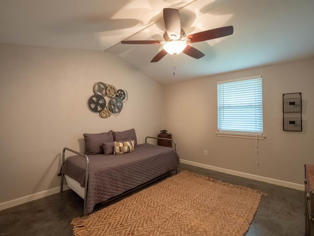 5615 Thunderbird  Court, De Cordova, Texas 76049 - acquisto real estate best investor home specialist mike shepherd relocation expert