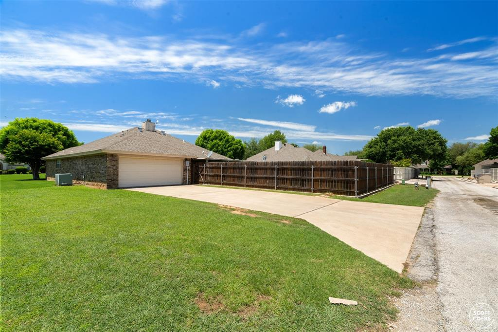 2713 Hunters Run  Brownwood, Texas 76801 - acquisto real estate best realtor westlake susan cancemi kind realtor of the year